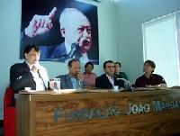 Juventude debate conteúdo global do curso de políticas públicas