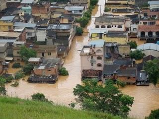3 mil desabrigados em Niterói-RJ por causa da chuva
