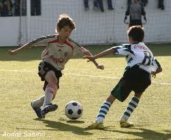 Concurso leva jovens para treinar futebol na Alemanha