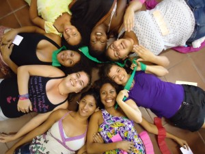 Jovens participam do Seminário sobre Pedagogia Feminista