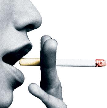 Metade dos jovens entre 13 e 15 anos já comprou cigarro