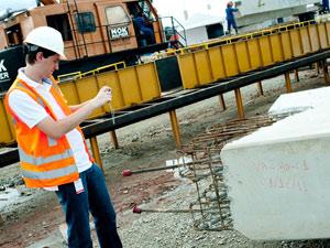 Construção civil e logística estão em alta com a Copa de 2014