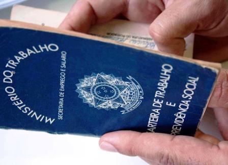 Novo Diretor-Geral da OIT quer prioridade no combate ao desemprego juvenil