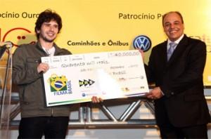 O jovem Douglas Siqueira foi um dos vencedores da edição de 2009