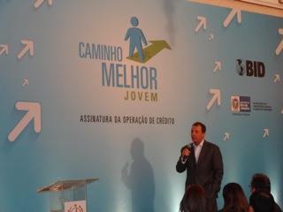 Governo do RJ lança programa de inclusão social de jovens de comunidades