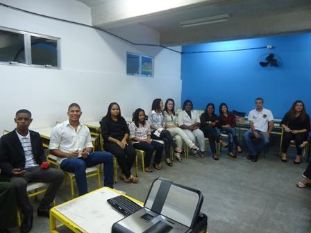 Oficinas de empregabilidade preparam jovens para o mercado for Oficina virtual de emprego