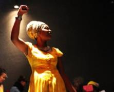 Sarau das Pretas leva música e poesia às periferias de SP