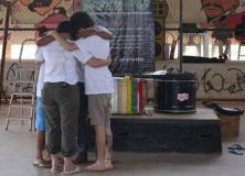 Projeto utiliza o teatro para ajudar jovens em situação de risco em Brasília