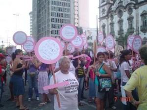 Vigília pelo fim da violência e pela liberdade das mulheres