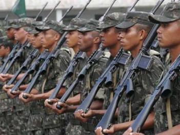 Exército abre 74 vagas de nível superior para oficiais e capelães