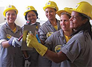 Mulheres começam a ganhar espaço no mercado de construção civil
