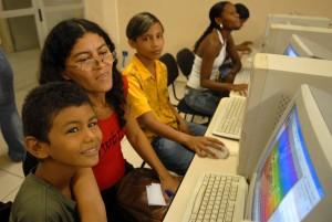 Fortaleza: Inclusão Digital abre inscrições para jovens e adultos