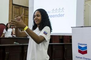 Certificação de estudantes do Enter Jovem movimenta campus da UFRJ e parceiros do programa prestigiam o evento.