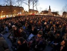 """Nuit Debout"": uma juventude francesa revoltada, mas esperançosa"