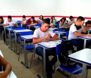 Desmonte da educação de jovens e adultos pode afetar economia brasileira