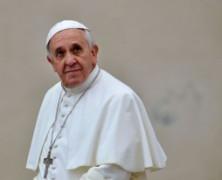 Papa Francisco defende educação sexual e diz a pais que evitem controle excessivo